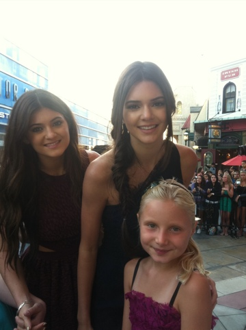 Meet Kylie And Kendall Jenner At Barnes And Noble In Santa Monica