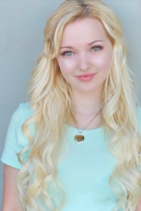 Dove Cameron To Star Disney S New Series Liv And Maddie As