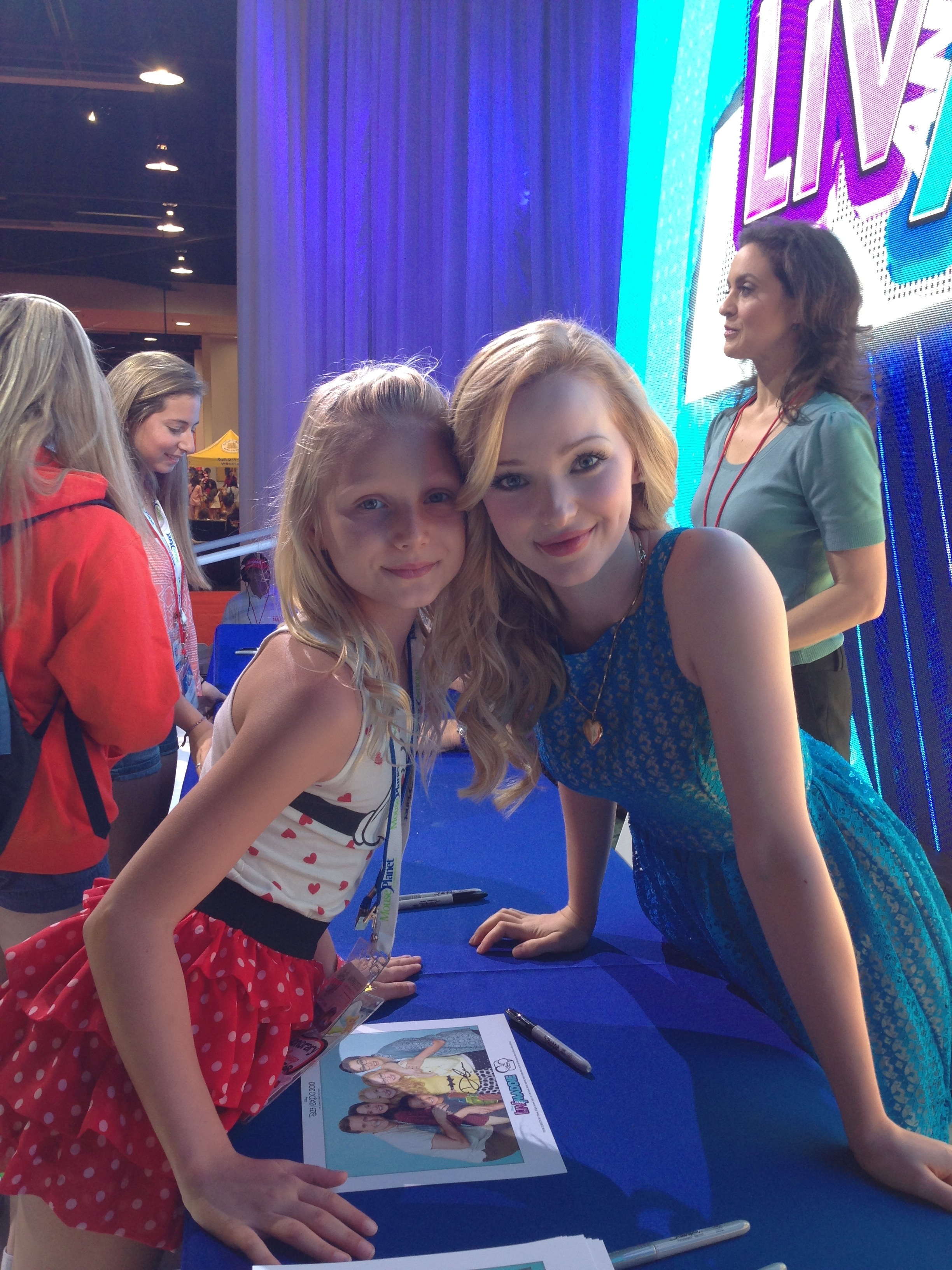 The Liv and Maddie cast meet and greet at D23 Expo | Reach for the