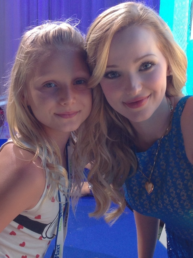 Dove Cameron And Her Real Family Can meet dove cameron!